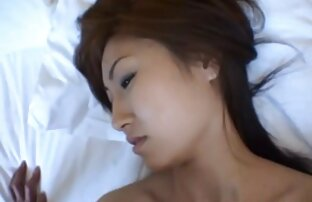 Puta japonesa sensual acorrentada de melhores vídeos pornográficos Garganta Funda