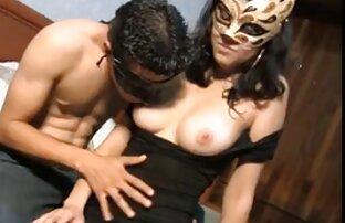 A melhor video porno anal estudante asiática monta uma pila branca