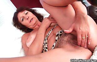 Pretty sexy babe fodes o seu pote de mel melhores filme pornô do mundo no cam