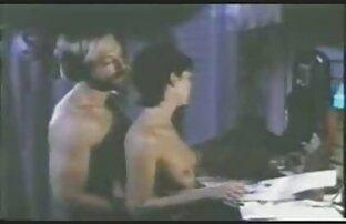 VR viciado em pornografia enquanto espia a minha os melhores vídeos pornô das panteras meia-irmã