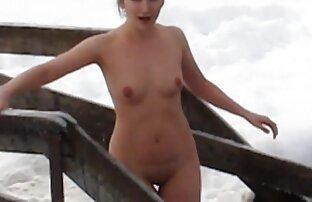 A Asiática Luisa Lou masturba-se com uma linda os melhores vídeo pornô grátis rata molhada de saltos altos em meias