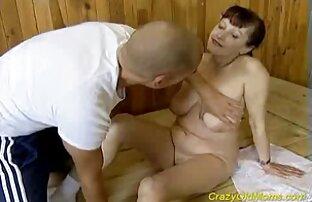A massagem de piscina quero ver o melhor vídeo de pornô PORNPROS transforma-se em sexo e esperma com